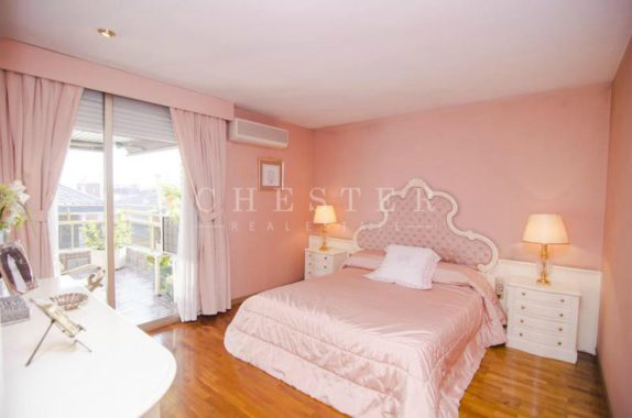 Atico en Venta de 319 m² en Les Tres Torres, Sarrià - Sant Gervasi - Chester Real Estate