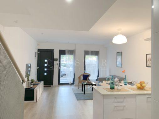 Duplex en Venta de 111 m² en La Verneda i La Pau, Sant Martí - Chester Real Estate